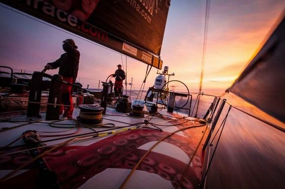 volvo-ocean-race-a-challenge-around-the-world-teams