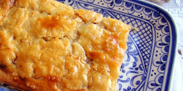 5-gastronomic-delicacies-you-can-only-find-in-alicante-coca-amb-tonyina