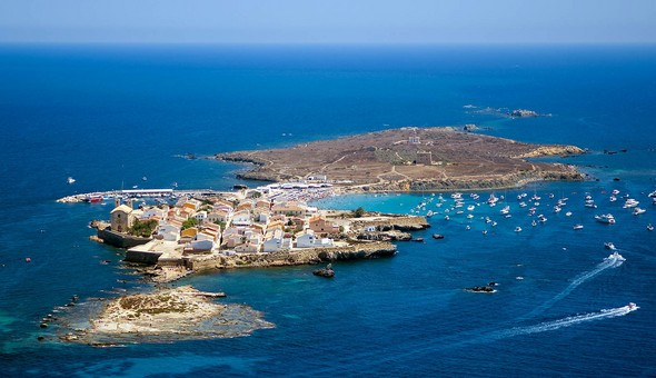 adventure-heritage-and-beauty-can-all-be-found-on-la-isla-de-tabarca