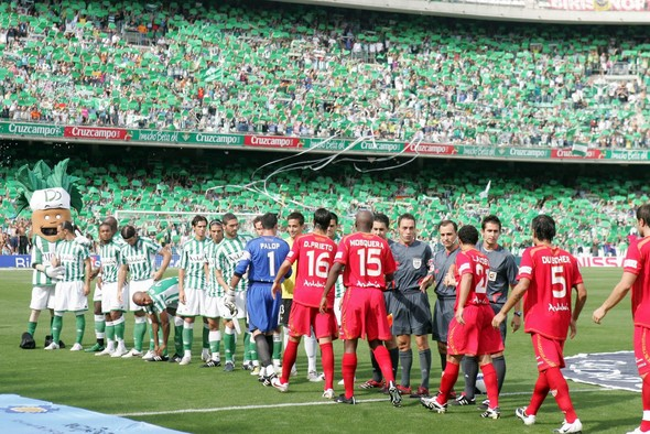 dive-into-the-5-most-explosive-spanish-football-derbies-betis-sevilla
