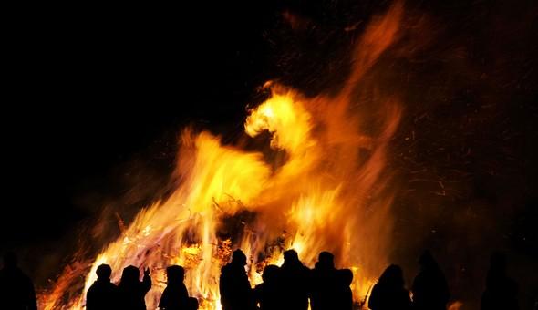 the-bonfires-of-san-juan-a-dazzling-tourist-show-in-alicante