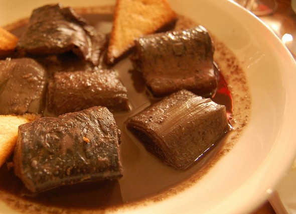 the-eel-causes-chaos-in-valencian-gastronomy