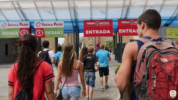 personal-improvement-learning-spanish-becoming-responsible-amongst-many-other-benefits-are-just-some-of-the-things-spanish-summer-camps-in-alicante-have-on-offer-entertainment