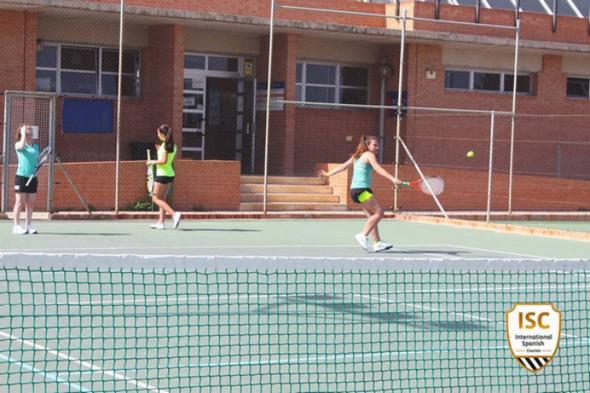 tennis-in-valencia-summer-camps