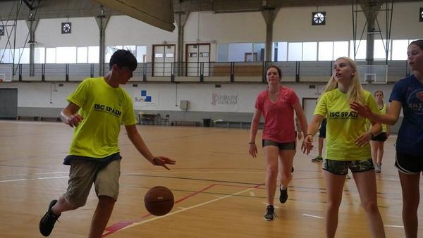 summer-camp-activities-ideas-basket