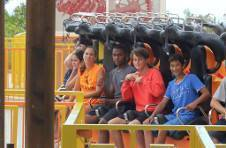 Thumbnail International students in Alicante Theme Park