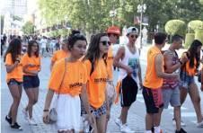 Thumbnail students walking during the Alicante University tour