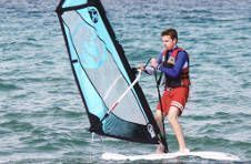 Thumbnail students from around the world windsurfing in Alicante